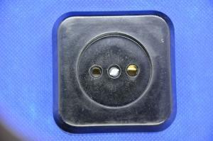 Розетка 1ая ОУ квадр. карбол. черная керамика 44а/180*