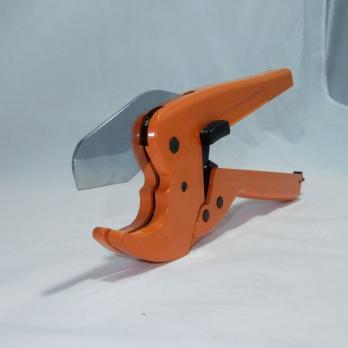 Резак для металлопл.труб. РС 207     653250